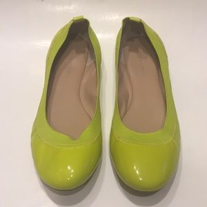 Banana Republic Neon green flats